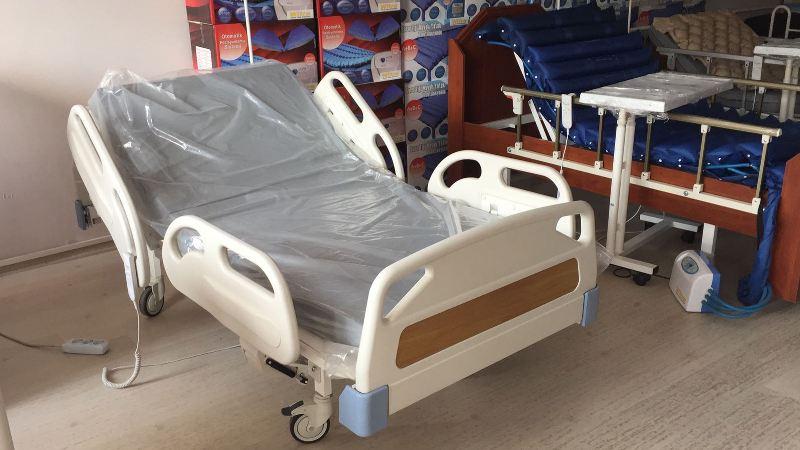üç motorlu hasta yatağı